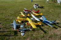 Name: DSC_0126 es.jpg Views: 103 Size: 91.3 KB Description: Pat Trittle's planes.