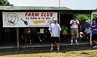 Name: DSC_0826 ES.jpg Views: 78 Size: 297.2 KB Description: FARM Club President Bobby Moran