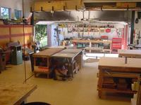 Name: roomy shop.jpg Views: 2600 Size: 87.1 KB Description: