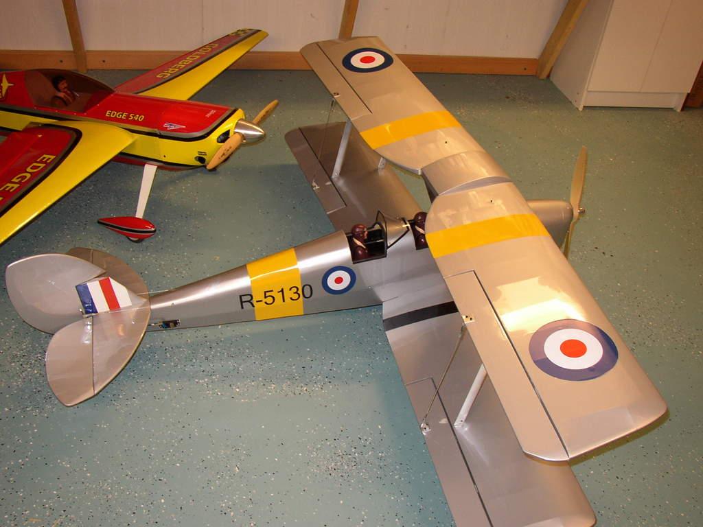 Name: P1010045.jpg Views: 325 Size: 81.1 KB Description: Tiger Moth CMP ARF with a Evolution (MVVS) 26cc GX
