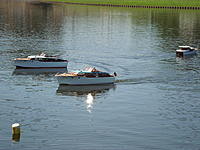 Name: Spring Lake - 2011 099.jpg Views: 120 Size: 255.6 KB Description: There is always one in every crowd.