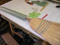 Name: 2008_0910Trainer0003.jpg Views: 988 Size: 89.6 KB Description: Now bending the fuselage, help us a broom.