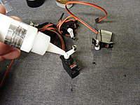 Name: DSCF0233.jpg Views: 162 Size: 115.1 KB Description: I pva glue all metal gear servo arm screws