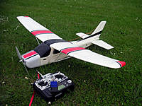 Name: Thevs Cessna 172.jpg Views: 1128 Size: 138.1 KB Description: My first RC model - Cheapo Model with DC motor upgarded to BL and landing gears removed