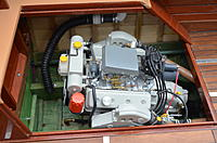 Name: DSC_0270.jpg Views: 200 Size: 183.4 KB Description: Note the throttle spring.