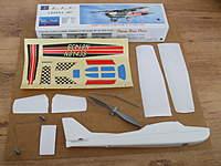 Name: DSCF0546.jpg Views: 247 Size: 70.1 KB Description: Cessna kit and parts