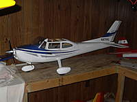 Name: cessna 182.jpg