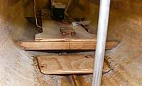 Name: hull060709b.jpg