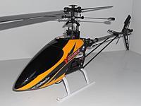 Name: DSCN3393.jpg Views: 687 Size: 105.7 KB Description: 288mm Carbon Fiber Blades, 56mm Tail Blades, V400D02 Canopy.