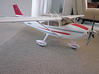 Name: Cessna 182 Airfield 005.jpg Views: 122 Size: 230.4 KB Description: