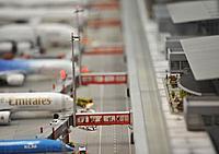 Name: airport_01.jpg Views: 120 Size: 36.5 KB Description: