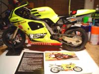 Name: RSV replica Yellow-leftScatalog01.jpg