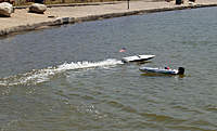 Name: res011.jpg Views: 108 Size: 82.3 KB Description: Brad's boat and my Speed Vee 800.