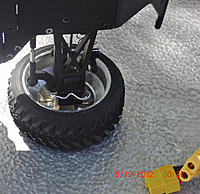 Name: res1010.jpg Views: 43 Size: 152.9 KB Description: No circlip to be found so a body clip made an excellent field repair.