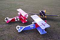 Name: mine_w.jpg Views: 97 Size: 42.7 KB Description: My Bee Z and 60 sized Fokkers.
