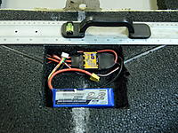 Name: DSCN2095.jpg Views: 63 Size: 286.5 KB Description: This is just one of the two batteries.