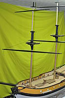 Name: _DSC4212.jpg Views: 178 Size: 93.3 KB Description: no room for two upper sections of mast to be installed