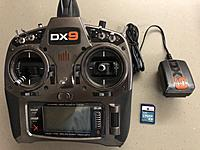 Name: DX-9.JPG Views: 33 Size: 2.32 MB Description: SPM9900 Tx with 2GB SD Card and Wall-wart charger.