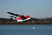 Name: 20120328 Flying at Longham Lakes 0114.jpg Views: 102 Size: 209.2 KB Description:
