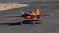 Name: DSC04486.jpg Views: 51 Size: 173.4 KB Description: Taxiing the Edge for a take off.