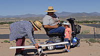 Name: DSC05902.jpg Views: 51 Size: 289.7 KB Description: Ruben gets the whole family involved in his hobby.