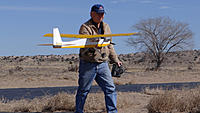 Name: DSC01065.jpg Views: 40 Size: 303.6 KB Description: Jerry walks back to the pits after another successful flight.