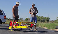 Name: DSC04685.jpg Views: 51 Size: 267.2 KB Description: Ray (left) helps Ross do a pre-flight on his big Ultimate bipe.