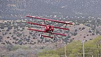 Name: DSC09645.jpg Views: 46 Size: 173.1 KB Description: The test pilot and builder got an ovation after the nice landing.