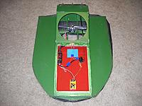 Name: DSCN8508_Hovercraft top front.jpg Views: 28 Size: 349.6 KB Description: Configured for 6-cell lipo power via 2 packs of 3-cells each in series.