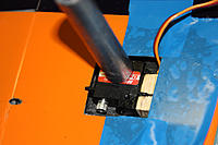 Name: 20120405_181313_IMG_2488.jpg Views: 366 Size: 144.5 KB Description: front part of the servo mount glued; that's grease at the servo - no resin ;-); servo MKS DS-450