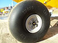 Name: 100_0275.jpg Views: 104 Size: 230.2 KB Description: Big Cub wheel