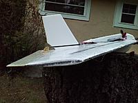 Name: 121118_0005.jpg Views: 74 Size: 99.8 KB Description: Wing tip