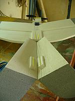 Name: Gear install 22.jpg Views: 86 Size: 128.2 KB Description: Slide the guides along the rod and glue in place.