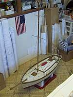 Name: TR 184.jpg Views: 134 Size: 103.1 KB Description: The mast was fabricated from brass tubing and rigged with steel fishing leader.