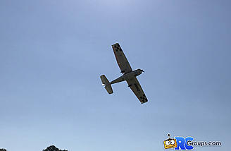 The Cessna on a flyby