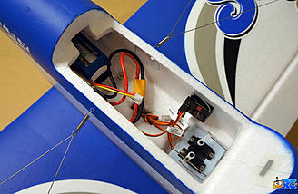 Receiver and battery placement in the fuselage