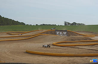 TLR Cup Off-road Track