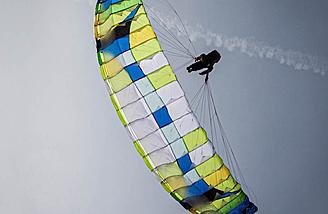 New Hybrid Paraglider Design