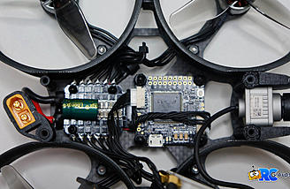 A look inside at the FC and ESC boards