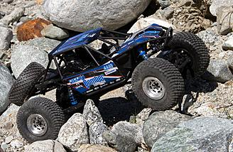 Axial 1/10 RR10 Bomber 4WD Rock Racer RTR