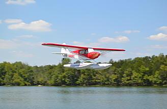 Sport Cub float flying