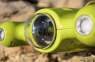 Gladius's 4K camera and dual 1200 lumen LED light system ensures great quality video and photos under the sea