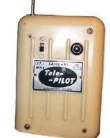 """Name: Telepilot Tx.jpg Views: 369 Size: 15.4 KB Description: The Telepilot Tx.   Looking very """"50's"""" ...and an alternative use for a lunch box..."""