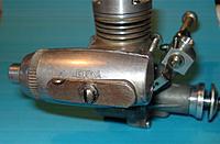 Name: En4004 - 04.jpg Views: 71 Size: 154.6 KB Description: I cannot recall having seen this stubby silencer before...
