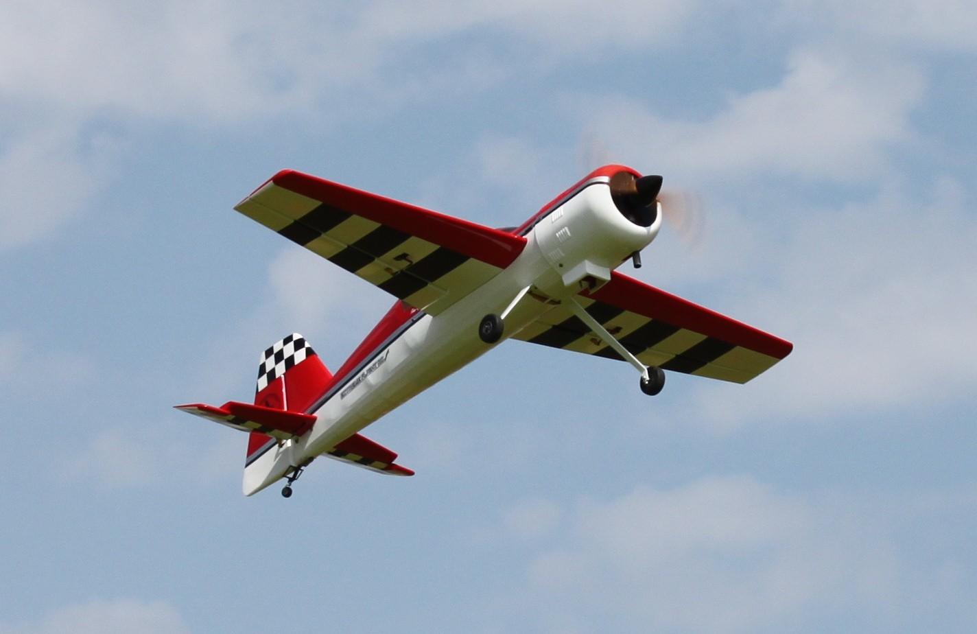 Name: 88yak_underside flying.JPG Views: 80 Size: 178.0 KB Description: