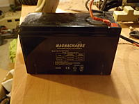 Name: 007.jpg Views: 142 Size: 120.6 KB Description: large and in charge lead acid battery it runs off of. i will be running them on 3 cell lipo to save wieght.