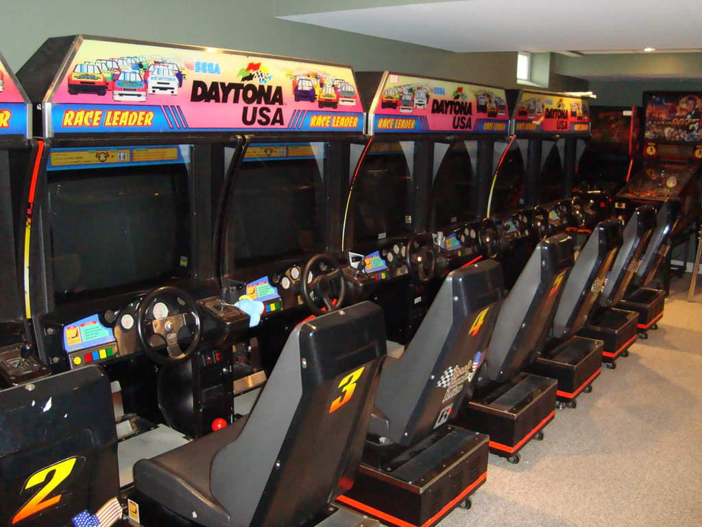 Name: DSC01331.jpg Views: 142 Size: 108.0 KB Description: If pinball is not your think how about Nascar?