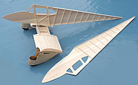 Name: Dragonfly 06.jpg Views: 290 Size: 132.4 KB Description: Setting up the fuselage sides.