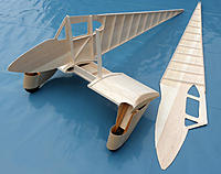 Name: Dragonfly 07.jpg Views: 328 Size: 179.6 KB Description: See the slight curvature of the side panels.