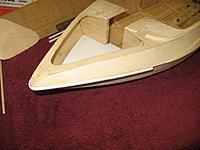 Name: IMG_2268 (Large).jpg Views: 232 Size: 93.7 KB Description: Rub rail bent around bow.
